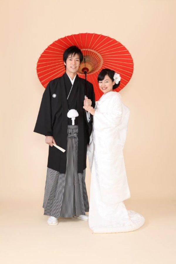 結婚式和装、留袖、振袖、叙勲の御仕度の出張着付けサービス致します!サムネイル