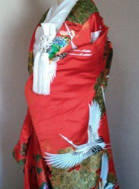 ★A-03 正絹御色打掛 赤地に鶴文様  色打掛一式レンタル¥88000サムネイル